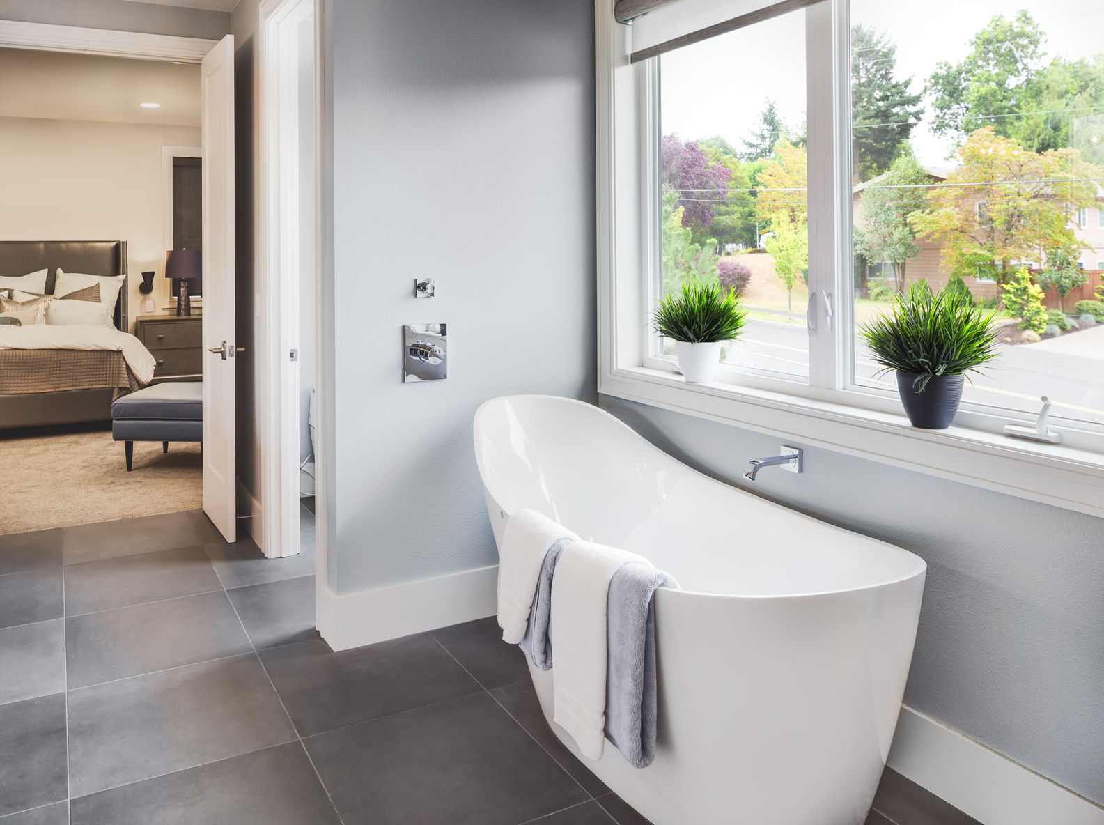 6 Tips to Make Your Master Bathroom Sellable